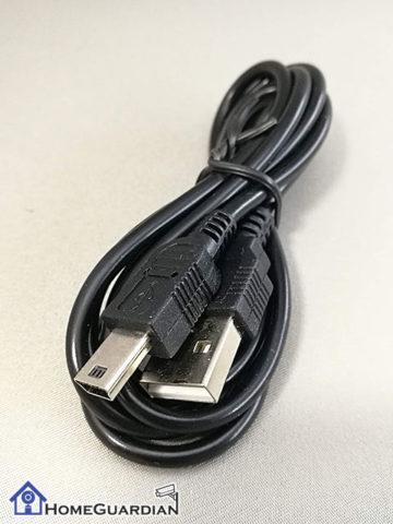 USB充電ケーブルはmini USB(2.0)のMini−Bタイプ